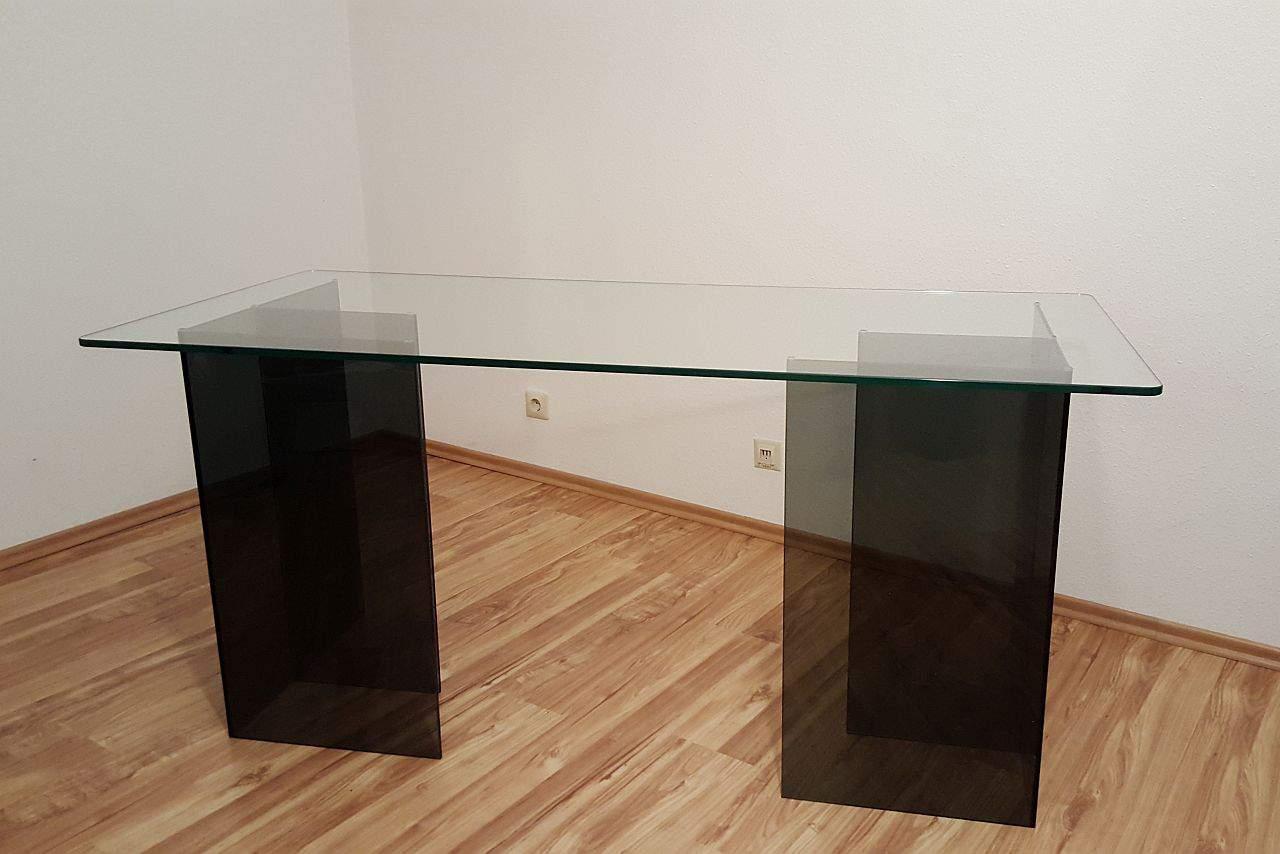 Glasplatte für einen Tisch